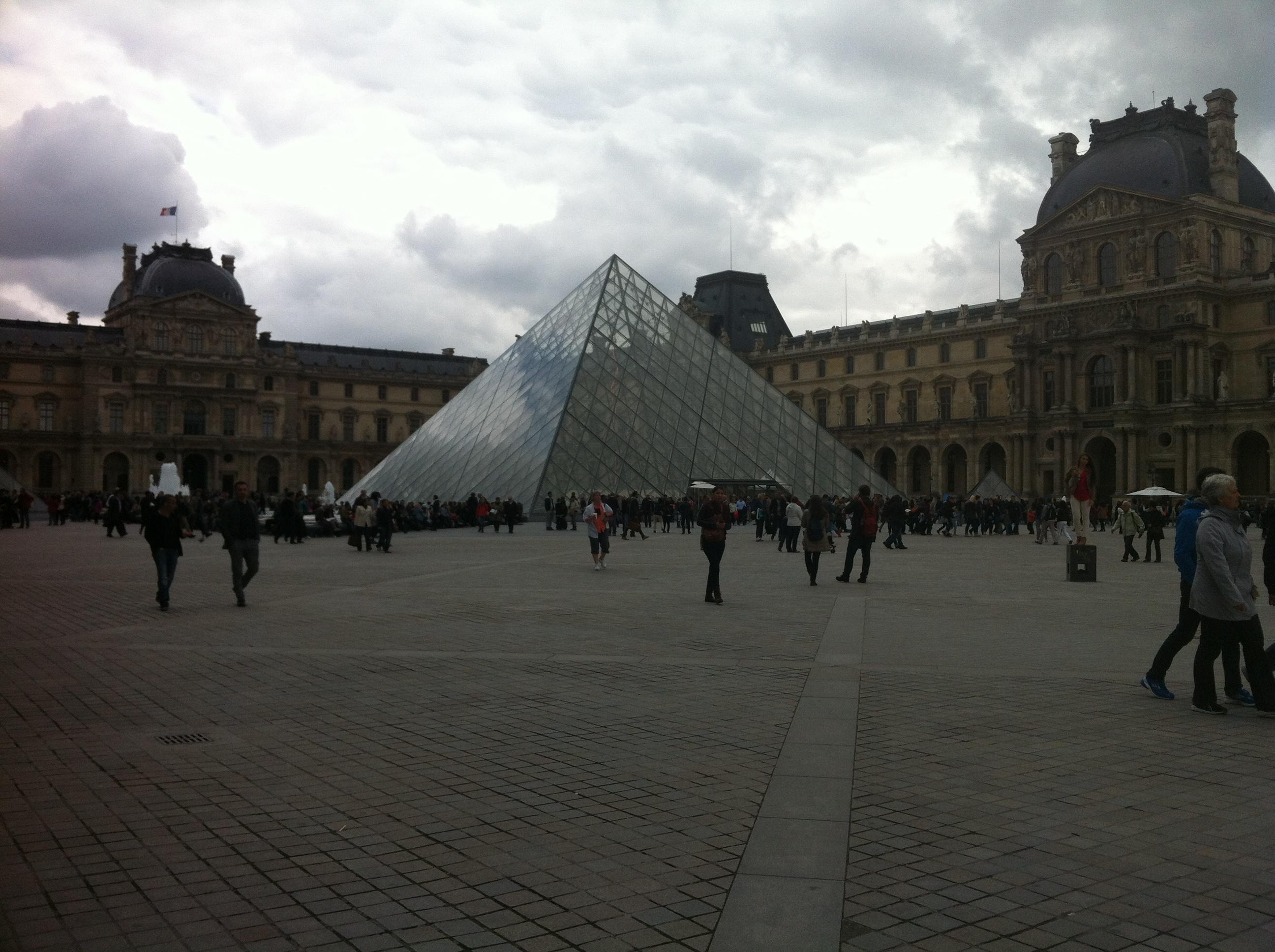 Le Louvre, le jour de la rentrée des vacances de Pâques