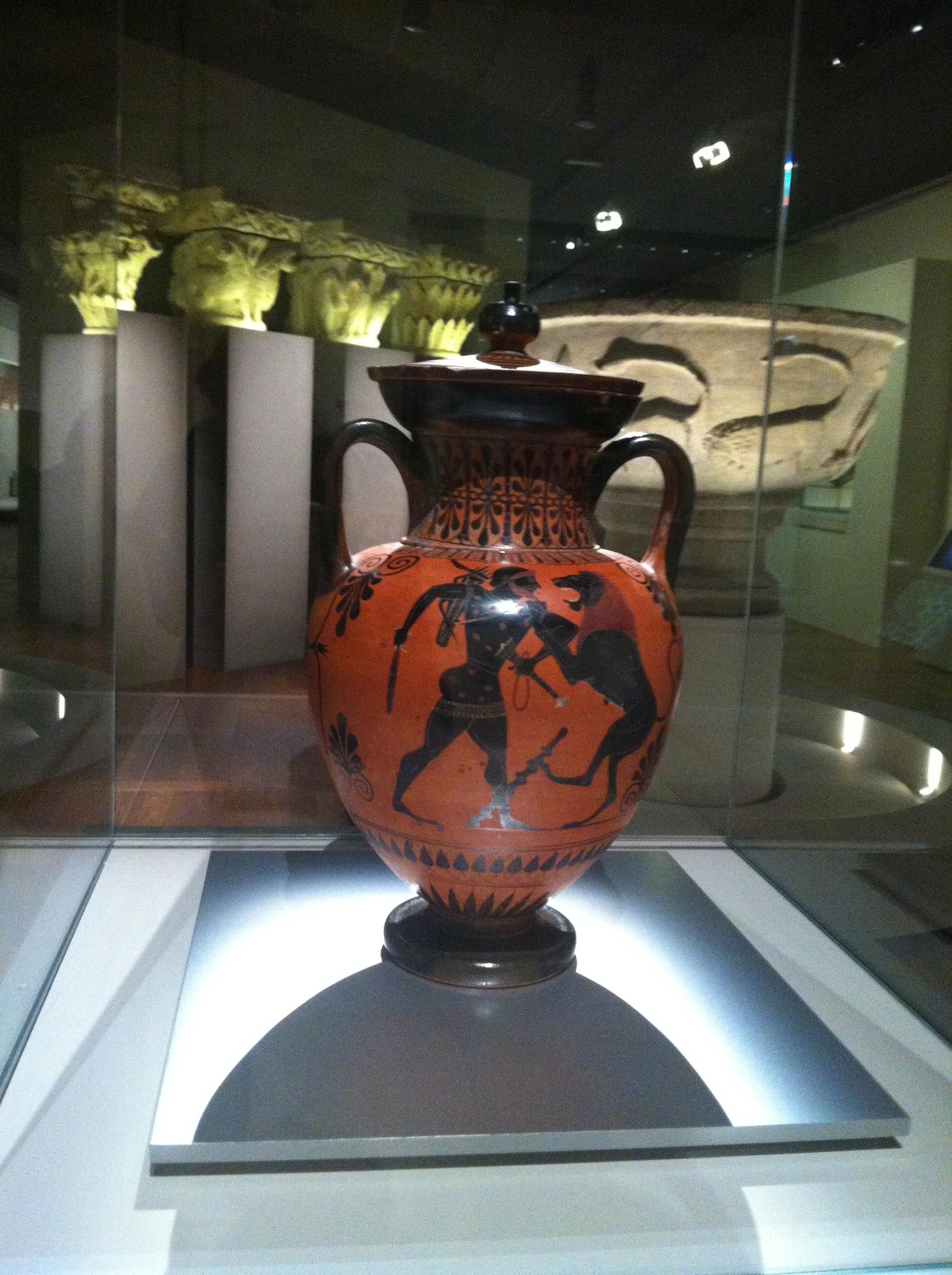 Attribuée au peintre d'Antimenès, amphore à figures noires, vers 520 av. J.-C., céramique.