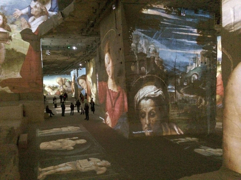 S'ensuit une série de reproductions des plus beaux tableaux de Michel-Ange, Raphaël et Leonard de Vinci.